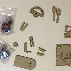 One robot, ready to assemble